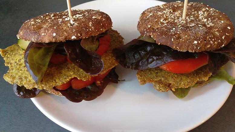 Vegane Burger Schaschlikspiesse