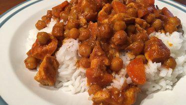 Rezept: Hähnchen-Curry mit Kichererbsen
